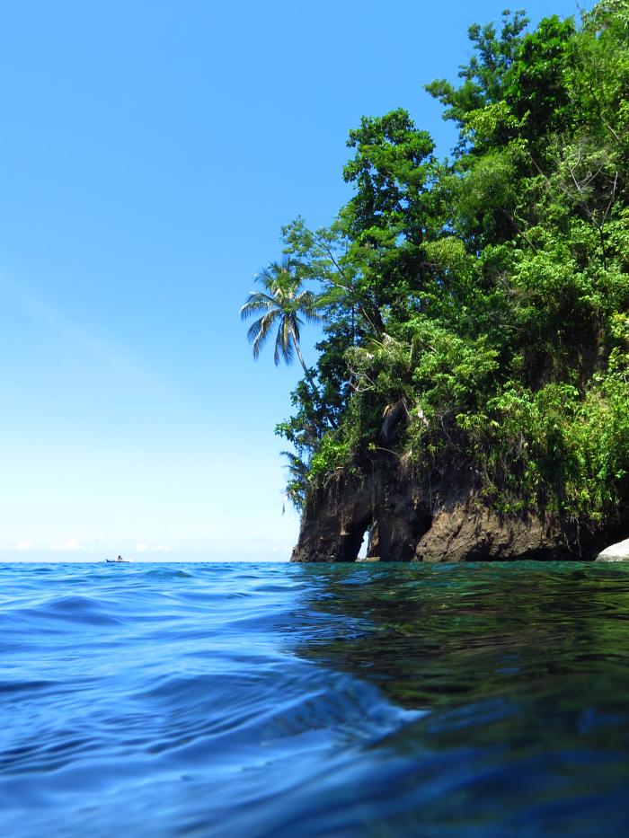 Sangihe island_boat_cave